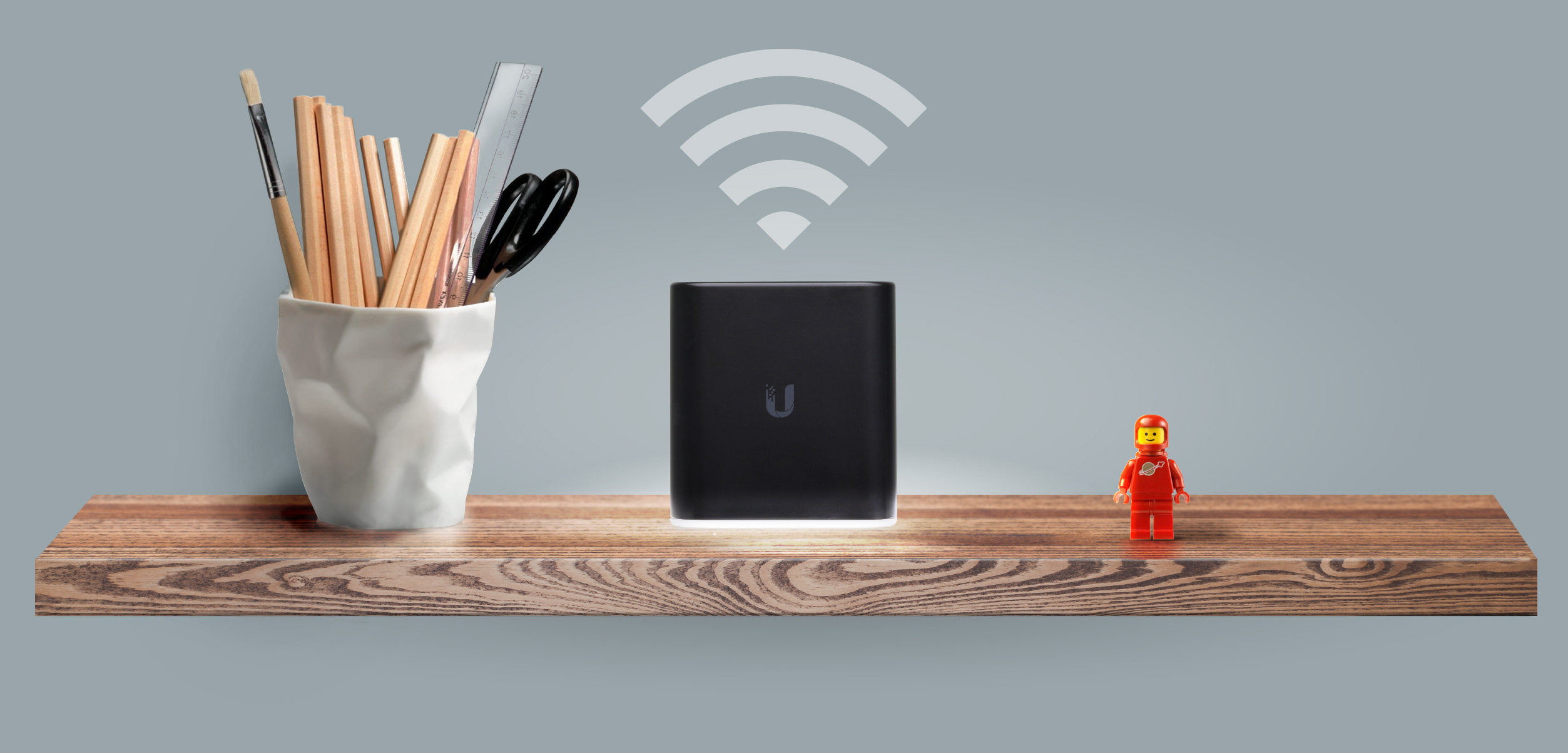 data-interchange=[https://prd-www-cdn.ubnt.com/media/images/product-features/aircube-feature-sleek-design01.jpg,